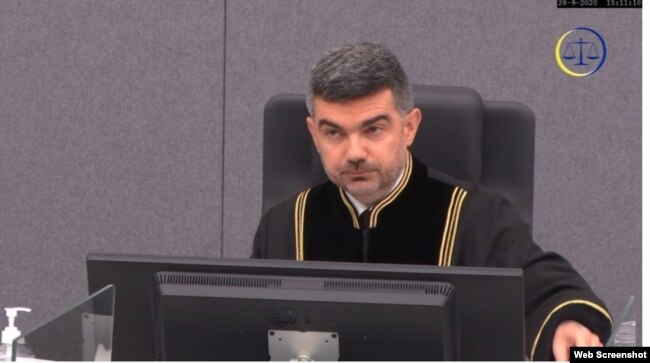 Gjyqtari i procedurës paraprake, Nicolas Guillou.
