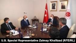 دیدار زلمی خلیلزاد با وزیر خارجه ترکیه