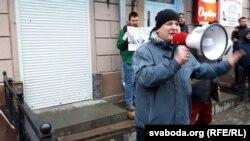 Дэпутат Палаты прадстаўнікоў Ігар Марзалюк. «Марш недармаедаў» у Магілёве 15 сакавіка 2017 году