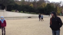 Вена-гIаларчу паркехь догIа догIу.