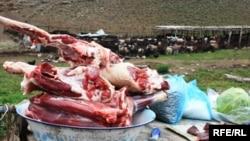Täze öldürilen malyň eti