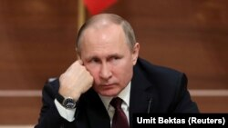 Обмен услугами с Путиным