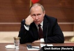Владимир Путин в Анкаре. 4 апреля.