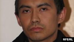 Жасулан Сулейменов, обвиняемый в создании террористической группы «Джамаат Аль-Фараби». Астана, август 2009 года.