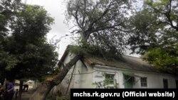 Ліквідація наслідків шторму у Феодосії