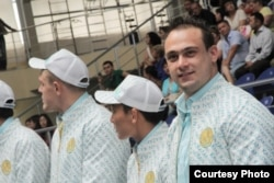 Қазақстандық ауыр атлеттер. Астана, 12 шілде 2012 жыл.