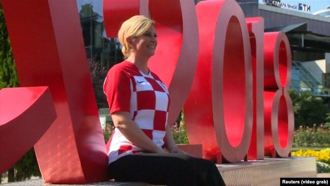 Predsjednica Hrvatske u navijačkom raspoloženju u Sočiju