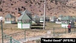 Столовая, которой владел Шодмон Раджабов, расположена на перевале Шахристан на трассе Душанбе-Худжанд