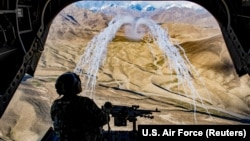 آرشیف، عملیات نیروهای هوایی امریکایی در افغانستان