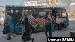 Карантин и самоизоляция в Крыму. Третья неделя ограничений – в фотографиях (фотогалерея)