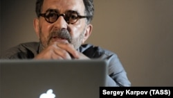 Гриша Брускин