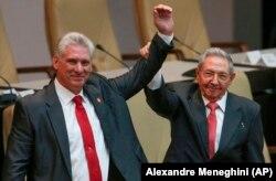 Мигель Диас-Канель и Рауль Кастро. 19 апреля 2018 года
