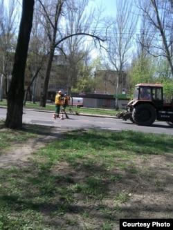 Ремонт дороги в Донецке
