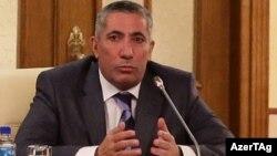 Deputat Siyavuş Novruzov