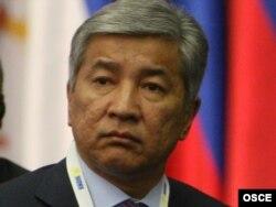 Имангали Тасмагамбетов, бывший первый секретарь ЦК Комсомола Казахстана. Астана, 28 декабря 2010 года.