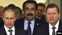 Премьер-министры Владимир Путин, Карим Масимов и Сергей Сидорский на переговорах по созданию Таможенного союза между Беларусью, Казахстаном и Россией. Санкт-Петербург, 11 декабря 2009 года.
