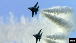 این اسکادران شامل پانزده تا بیست و پنج فروند هواپیمای جنگنده است.