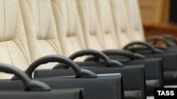 Бывший глава Белого дома считает, что основной костяк министров может получить назад свои портфели в кабинете Зубкова