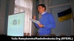 Дмитро Безнощенко, експерт тренінгів із «зеленої енергетики» у Дніпропетровську, 7 листопада 2011 року