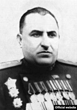 Лаўрэнці Цанава. Кіраўнік КДБ БССР (1943-1951). З сайту КДБ