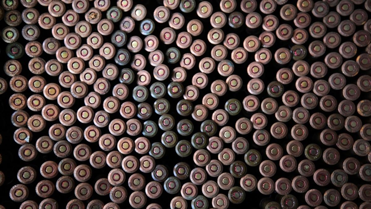Боевики трижды обстреляли позиции ВСУ на Донбассе с начала суток €? Минобороны