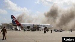 Взрывы в аэропорту Адена произошли во время прибытия нового правительства Йемена. 30 декабря 2020 года.