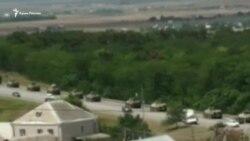 Колонна военной техники движется по Симферопольской объездной дороге (видео)