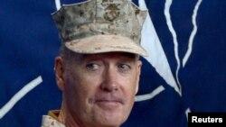 Komandanti i forcave amerikane dhe të NATO-s në Afganistan, Joseph Dunford.
