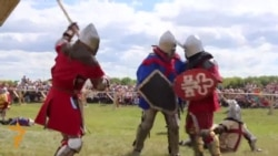 Tatar Town Holds Medieval Festival