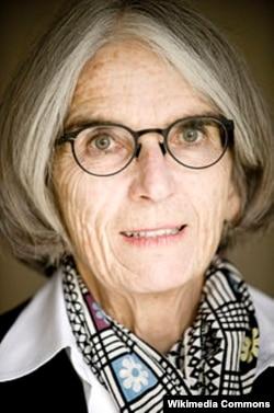 Amerikalı detektiv yazıçı Donna Leon.