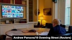 Борис Джонсон принимает участие в видеоконференции лидеров стран G20