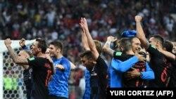 RUSIA - Nogometaši Hrvatske nakon utakmice protiv Engleske