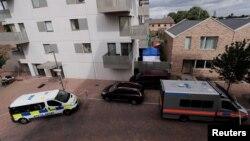 Полицейские автомобили в лондонском районе Баркинг. 5 июня 2017 года.