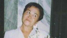 Ogulsapar Muradova at the wedding party of her son in Ashgabat, 2004