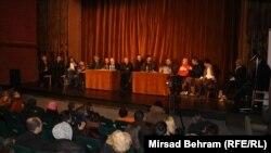"""Razgovor """"Napadi na novinare"""" u Mostaru"""