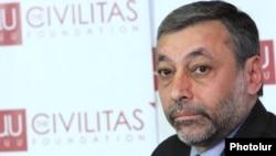 Представитель партии «Свободные демократы» Александр Арзуманян