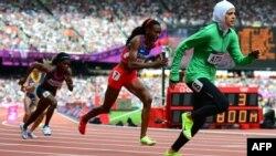 Një atlete saudite në Olimpiadën e Londrës më 2012.
