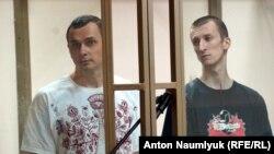 Олег Сенцов (л) і Олександр Кольченко