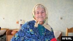 Ульляна Захаранка ў шпіталі вэтэранаў вайны. 7 траўня 2010 году
