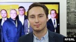 """Кирилл Гончаров. """"Яблоко"""" партиясынан Мамдумага депутаттыкка талапкер."""
