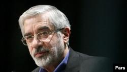 آخرین نخست وزیر ایران، تاکنون توانستهاست حمایت شماری از گروههای اصلاحطلب، از جمله احزاب مشارکت و کارگزاران سازندگی و سازمان مجاهدین انقلاب اسلامی را از آن خود کند.