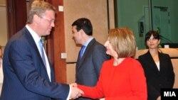 Архивска фотографија: Девети состанок на Советот за стабилизација и асоцијација меѓу Македонија и ЕУ во Брисел.