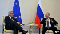 Vladimir Putin və Jean-Claude Juncker