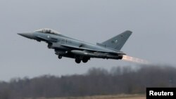 Винищувач Eurofighter Typhoon, на якому літають німецькі військові пілоти