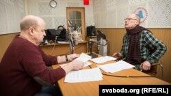 Вячаслаў Ракіцкі і Тодар Кашкурэвіч у студыі Радыё Свабода