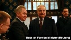 13 января, Москва. Халифа Хафтара встречает министр обороны РФ Сергей Шойгу