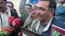 'عمران خانه موږ سیاستوال نه د شهیدانو پلرونه یو'