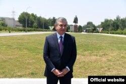 """O'zbekiston prezidenti Shavkat Mirziyoyev """"G'alaba bog'i"""" ochilishida"""