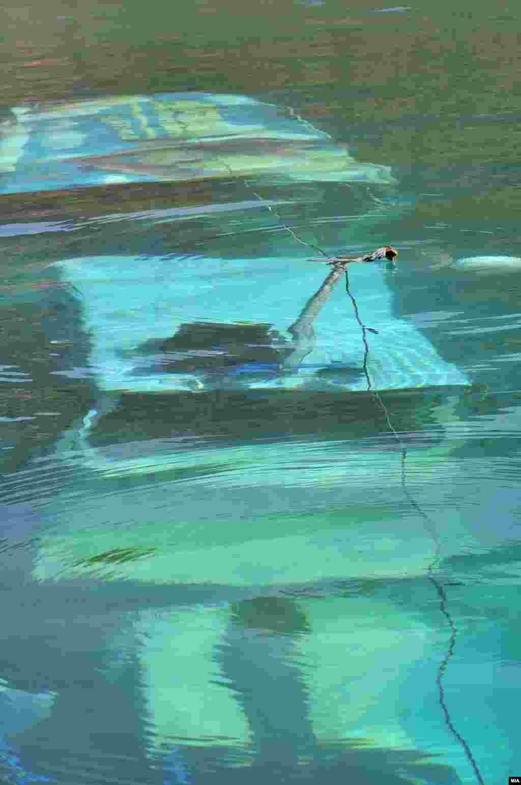 Potonuli brod u Ohridskom jezeru