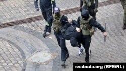 Задержание в Минске.